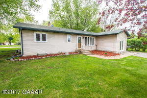 310 5th Avenue E, Miltona, MN 56354
