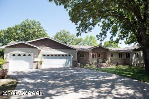 10455 County Rd 16 NW, Evansville, MN 56326