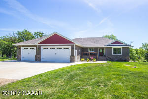10633 Little Chippewa Road NW, Evansville, MN 56326