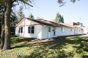 20831 County Road 82 NW, Evansville, MN 56326