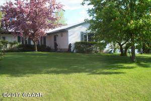 215 W Lake Street, Parkers Prairie, MN 56361