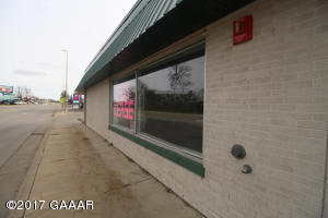 For Lease -- 3rd Ave Big space - storage, display and office areas