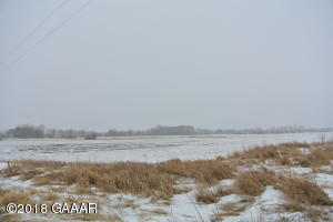 610 County Rd 9 NE, Nelson, MN 56355