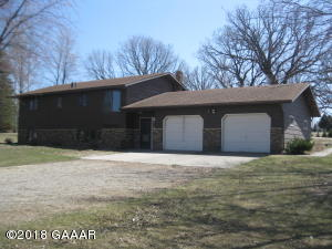24780 Country Oak Loop, Fergus Falls, MN 56537