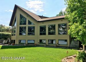 11911 Maple Springs Drive SE, Alexandria, MN 56308