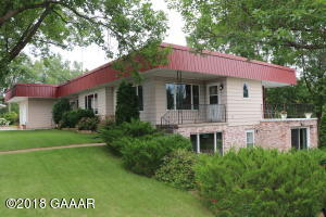 19542 State Highway 114, Starbuck, MN 56381