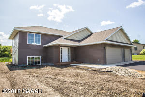 619 7th Avenue W, Osakis, MN 56360