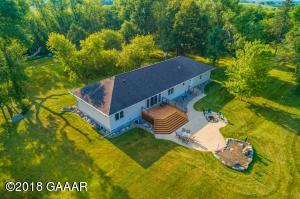 22191 County Hwy 82, Evansville, MN 56326