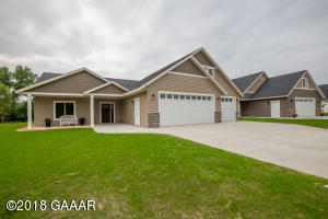 234 Rodeo Road, Alexandria, MN 56308