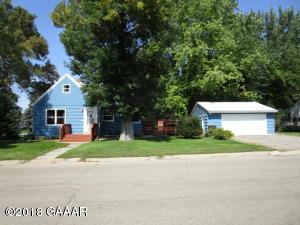 403 2nd Avenue NE, Glenwood, MN 56334