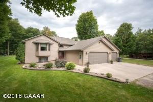6160 Maple Lane NE, Alexandria, MN 56308