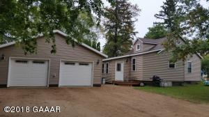 422 W Soo Street, Parkers Prairie, MN 56361