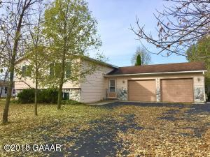 2304 Mccauley Lane NE, Alexandria, MN 56308