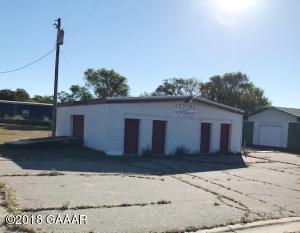 338 Pine Street N, Sauk Centre, MN 56378