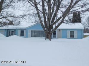 217 8th Ave SE, Elbow Lake, MN 56531