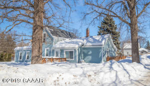 702 5th Avenue E, Alexandria, MN 56308