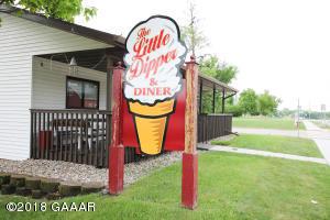 523 S Otter Avenue, Parkers Prairie, MN 56361