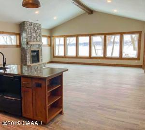 Beautiful, open plan with amazing lake views.