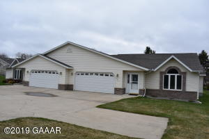 481 Voyager Drive, Alexandria, MN 56308