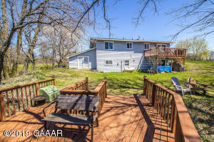 1110 Diamond Road SE, Alexandria, MN 56308