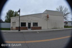 40 Main Street E, Osakis, MN 56360