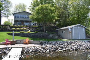 terrific home on nice shoreline in excellent condition