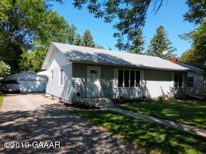 414 7th Avenue SE, Elbow Lake, MN 56531