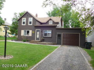 515 3rd Street SE, Elbow Lake, MN 56531