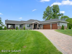 364 Maple Trail SE, Alexandria, MN 56308
