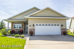226 Ashley Court, Alexandria, MN 56308