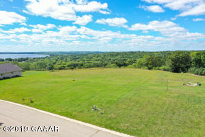 921 Mount Lookout Heights Drive, Glenwood, MN 56334