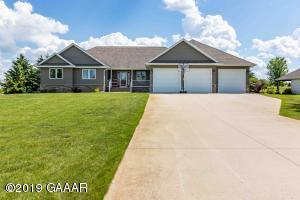 950 Latoka Heights Lane SW, Alexandria, MN 56308