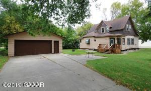 303 6th Avenue E, Alexandria, MN 56308