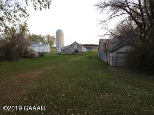 17401 County Rd 12 NW, Garfield, MN 56332