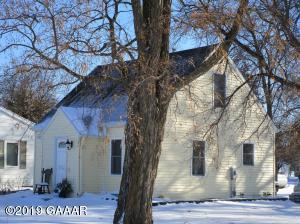 114 W 4th, Donnelly, MN 56235
