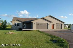 194 Birch Avenue, Miltona, MN 56354