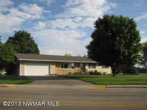 396 Summit Avenue E, Blackduck, MN 56630