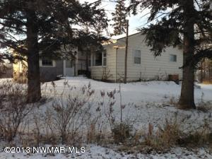 902 W University Avenue, Badger, MN 56714
