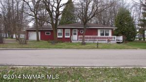 508 McKenzie Avenue NE, Warroad, MN 56763