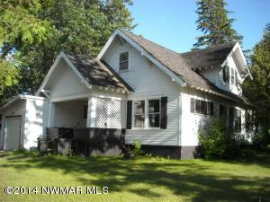 306 3rd Avenue SE, Clearbrook, MN 56634
