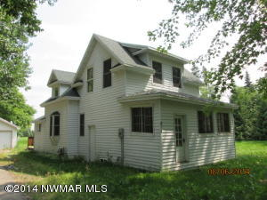 814 3rd Avenue NE, Roseau, MN 56751