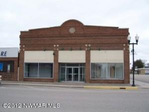 115 Main Avenue N, Roseau, MN 56751