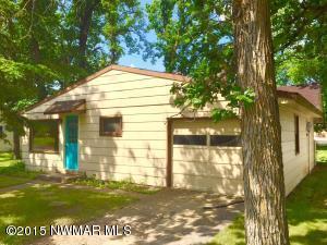 205 Pine Avenue N, Thief River Falls, MN 56701