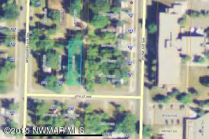 513 6th Street NW, Bemidji, MN 56601