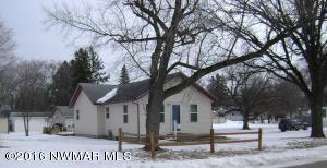 622 Markley Avenue S, Thief River Falls, MN 56701