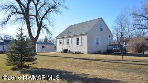 703 Markley Avenue S, Thief River Falls, MN 56701