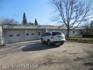 43381 STATE HIGHWAY 11 Highway, Roseau, MN 56751
