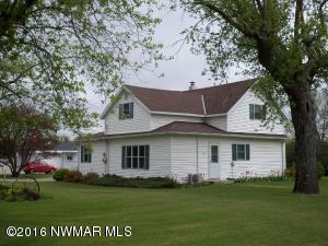 714 Dow Avenue SE, Red Lake Falls, MN 56750
