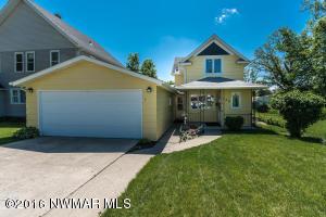 334 Hurlbut Street, Crookston, MN 56716