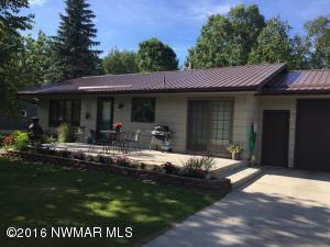 423 2ND Avenue SW, Clearbrook, MN 56634
